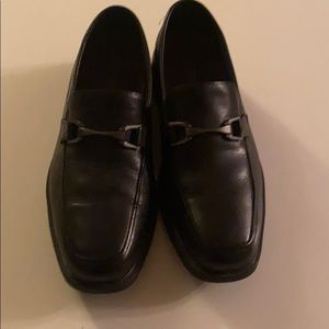 Bostonian black dress shoes with buckle size 9.5